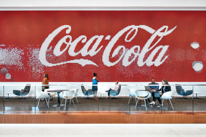 logo coca cola khẳng định thương hiệu